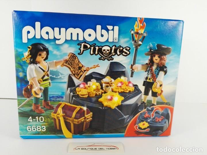ESCONDITE DEL TESORO PIRATA PLAYMOBIL PIRATES 6683 (Juguetes - Playmobil)