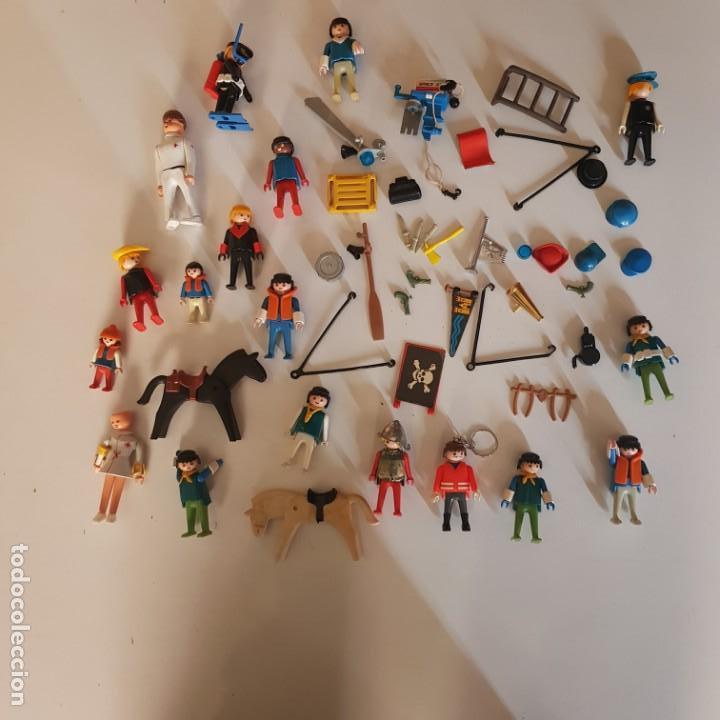 LOTE DE FIGURAS Y ACCESORIOS (Juguetes - Playmobil)