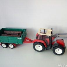 Playmobil: PLAYMOBIL. TRACTOR CON REMOLQUE PARA TRONCOS DE ARBOLES. Lote 135793589