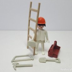Playmobil: OBRERO ANTIGUO PLAYMOBIL SYSTEM 3311 OBRA ALBAÑIL ESCALERA PEON CONSTRUCCION . Lote 136145218