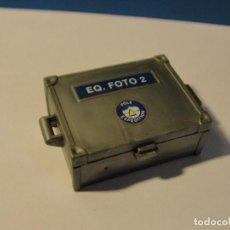 Playmobil: LOTE ACCESORIOS MALETIN COFRE POLICIA CON BILLETES MEDIEVAL WESTERN OESTE DIORAMA BELEN PLAYMOBIL. Lote 136837714