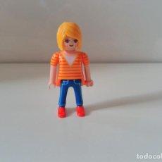 Playmobil: PLAYMOBIL FIGURA CHICA MUJER CIUDAD CITY. Lote 137249806