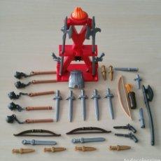 Playmobil: ARMERO Y LOTE DE ARMAS DE PLAYMOBIL. Lote 181296992