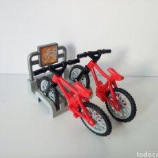Playmobil: PLAYMOBIL. APARCAMIENTO DE BICICLETAS. INCLUYE LAS BICIS. Lote 137509724