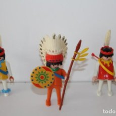 Playmobil: PLAYMOBIL FAMOBIL MUÑECOS CON COMPLEMENTOS. Lote 138863726