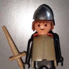 Playmobil: FAMOBIL MEDIEVAL FIGURA QUE PERTENECE A LA CAJA 3261 AÑOS 70. SIN JUGAR. Lote 138913230