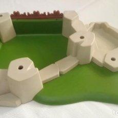 Playmobil: PIEZA DE PLAYMOBIL. BASE PLACA ROCA ESCENARIO MEDIEVAL. ISLA. DIORAMA. KNIGHTS. . Lote 140034558