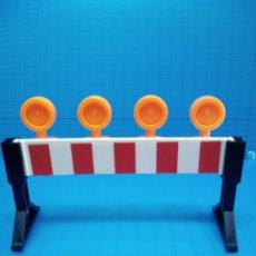 Playmobil: PLAYMOBIL 3745 VALLA SEÑAL LUZ OBRA 3472 3756 3777 PLAYMOVIL 30051760 30051750 30051740. Lote 141550098