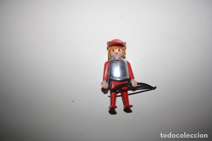 PLAYMOBIL FIGURA SOLDADO MEDIEVAL PETO/CORAZA-YELMO (Juguetes - Playmobil)