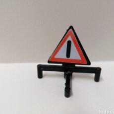 Playmobil: PLAYMOBIL, SEÑAL OBRA CIUDAD BASE PATAS. Lote 143572556