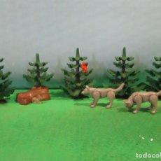 Playmobil: PLAYMOBIL- LOBOS-ABETO-PINO-BOSQUE- BELEN-CASTILLO-OESTE-WESTERN-PIEZAS. Lote 144214698