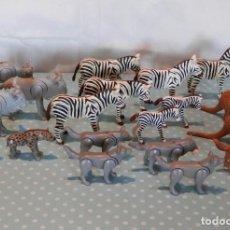 Playmobil: PLAYMOBIL ANIMALES CEBRAS HIENAS CANGUROS ÑUS LOBOS. Lote 144563294