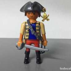 Playmobil: PLAYMOBIL PIRATA CON SABLE Y PORTASABLE. Lote 146800550
