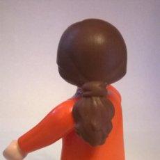 Playmobil: PLAYMOBIL CHICA MUJER GEOBRA 1997 DEL SET GRANJA DE PONYS REF.4190. Lote 147560778