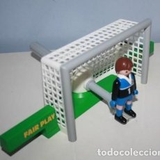 Playmobil: PLAYMOBIL PORTERIA FUTBOL CON PORTERO. Lote 157915650