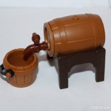 Playmobil: PLAYMOBIL MEDIEVAL BARRIL CON CUBO. Lote 182035997
