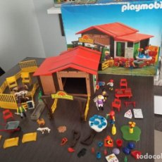 Playmobil: PLAYMOBIL GRANJA PONY RANCH REF. 3775 + LOTE DE 4 PLAYMOBIL PIRATAS + 2 REVISTAS DE REGALO. Lote 161289642