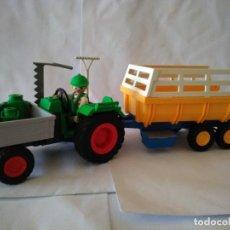 Playmobil: PLAYMOBIL-GRANJERO CON TRACTOR Y REMOLQUE GRANJA.4497.3073.... Lote 162521802
