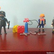 Playmobil: DIORAMA LOTE SET FIGURAS VARIADAS PLAYMOBIL POLÍCIA, MECÁNICO, BOMBERO. Lote 162525665