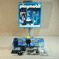 Playmobil: PLAYMOBIL ESPACIO REF. 3908 ,COMPLETO EN CAJA , ASTRONAUTA CON ROBOT NEGRO , PLAYMOSPACE.. Lote 192688118