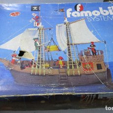 Playmobil: PLAYMOBIL BARCO PIRATA, ÉPOCA FAMOBIL, CON CAJA E INSTRUCCIONES. Lote 164977924