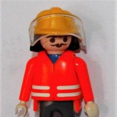 Playmobil: PLAYMOBIL MEDIEVAL FIGURA BOMBERO. Lote 166402308