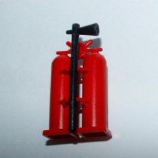 Playmobil: PLAYMOBIL MEDIEVAL EXTINTOR BOMBERO PRIMERA EPOCA. Lote 168974480