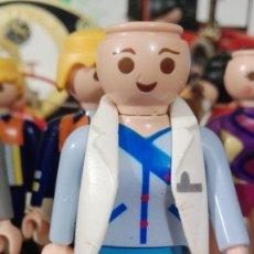 Playmobil: MUÑECO PLAYMOBIL. Lote 169077764