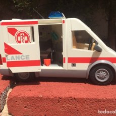 Playmobil: AMBULANCIA PLAYMOBIL. Lote 169180949
