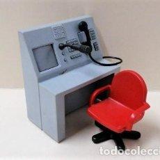 Playmobil: PLAYMOBIL CENTRALITA TELÉFONO MICRÓFONO SILLA OFICINA COMISARÍA POLICÍA ESTACIÓN BOMBEROS AEROPUERTO. Lote 169181644