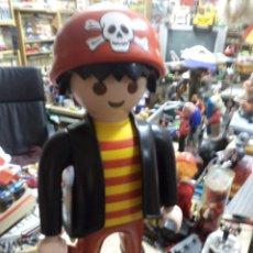 Playmobil: CLICK PIRATA GIGANTE DE PLAYMOBIL.PROMOCIONAL JUGUETERÍAS.ENORME,64 CM DE ALTO.. Lote 171267967