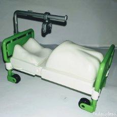 Playmobil: PLAYMOBIL CAMA HOSPITAL SÁBANA RUEDAS CIUDAD ENFERMO PALO VICTORIANA. Lote 194504543