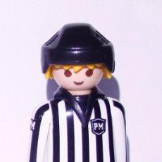 Playmobil: PLAYMOBIL FIGURA ARBITRO HOCKEY. Lote 173383252