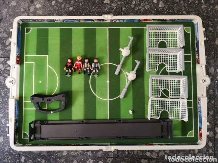 Playmobil: Campo de fútbol Playmobil. 4 jugadores. - Foto 4 - 174149264