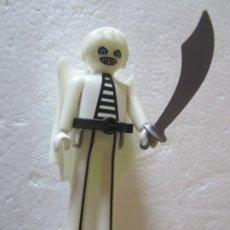 Playmobil: PLAYMOBIL FANTASMA PIERNAS LARGAS. Lote 174182535