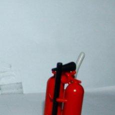 Playmobil: PLAYMOBIL MEDIEVAL EXTINTOR CON CARRITO Y BOQUILLA BOMBEROS. Lote 174498255