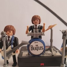 Playmobil: PLAYMOBIL THE BEATLES HELP SHE LOVES YOU HARD DAYS NIGHT RUBBER SOUL. Lote 263601390
