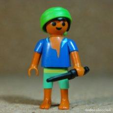 Playmobil: PLAYMOBIL NIÑO PIRATA, BARCO ISLA NAUFRAGO. Lote 177323998
