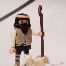 Playmobil: PLAYMOBIL PASTOR PARA EL BELEN PASTORCILLO CON BORREGO. Lote 186415107