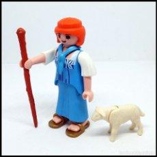 Playmobil: FIGURA PLAYMOBIL CUSTOM PASTORA ALDEANA ESCENA BELEN GRANJA MEDIEVAL ETC. Lote 177720954