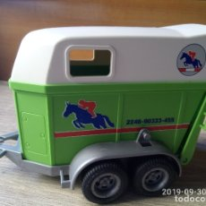 Playmobil: REMOLQUE CABALLO CARRERAS HIPICA. Lote 194545976