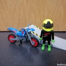 Playmobil: PLAYMOBIL 4416 MOTO KTM MOTOCICLETA PILOTO RAMPA ENDURO MOTOCROSS. Lote 177891823