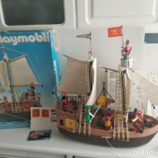 Playmobil: PLAYMOBIL 3550 BARCO PIRATA CON CAJA INSTRUCCIONES VELAS BUENAS CONDICIONES. Lote 178789935