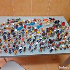 Playmobil: LOTE DE 105 CLIKS DE PLAYMOBIL + COMPLEMENTOS + ANIMALES.DISTINTAS ÉPOCAS.. Lote 178859435