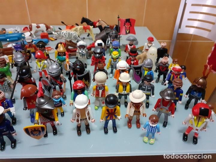 Playmobil: Lote de 105 cliks de Playmobil + complementos + animales.Distintas épocas. - Foto 4 - 178859435