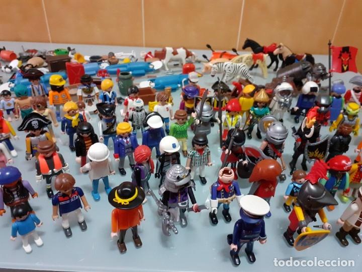 Playmobil: Lote de 105 cliks de Playmobil + complementos + animales.Distintas épocas. - Foto 5 - 178859435
