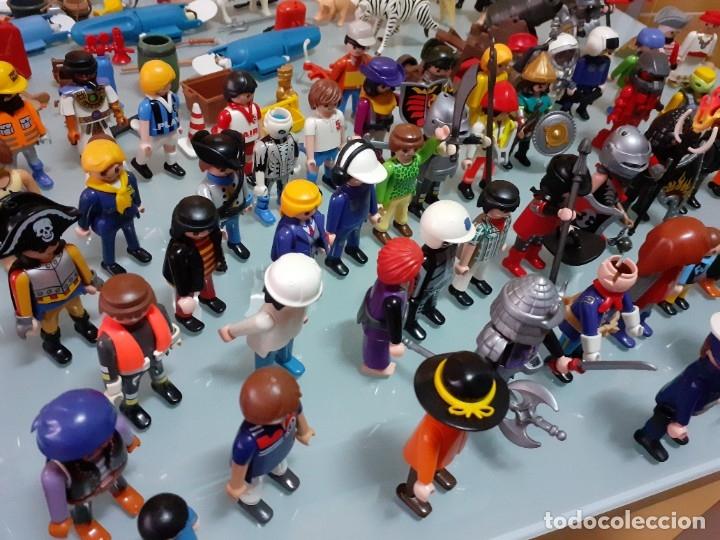 Playmobil: Lote de 105 cliks de Playmobil + complementos + animales.Distintas épocas. - Foto 9 - 178859435