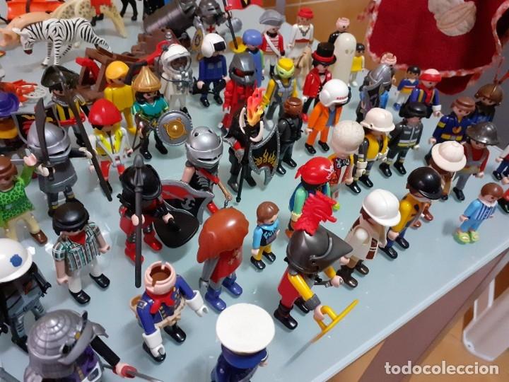 Playmobil: Lote de 105 cliks de Playmobil + complementos + animales.Distintas épocas. - Foto 10 - 178859435