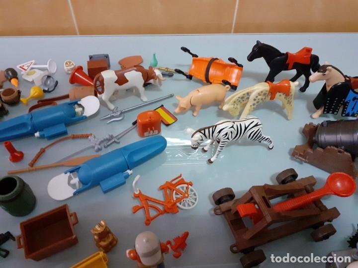 Playmobil: Lote de 105 cliks de Playmobil + complementos + animales.Distintas épocas. - Foto 15 - 178859435