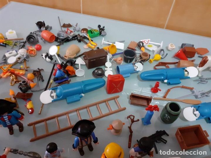 Playmobil: Lote de 105 cliks de Playmobil + complementos + animales.Distintas épocas. - Foto 16 - 178859435